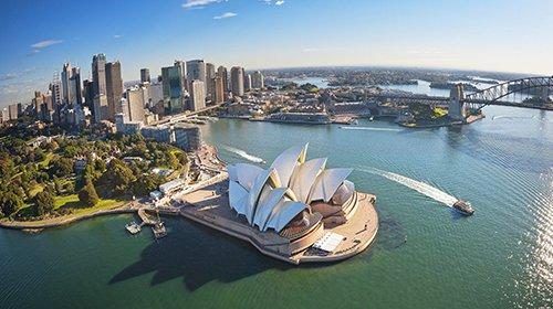 sydney-harbour-migrating